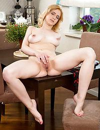 beautiful erotic pussy pics