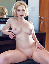 Kery bares her meaty ass and delectable body as she strips in front of the camera.met art maxa