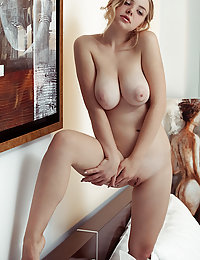 Daniel Sea shows off her big knockers and smooth pussy as she strips on the bed.polina met art