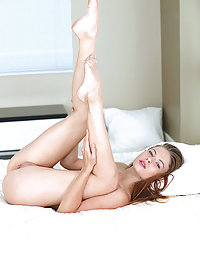 Gorgeous Hilary C displays her sweet pussy as she poses in the bedroom.alisa met art